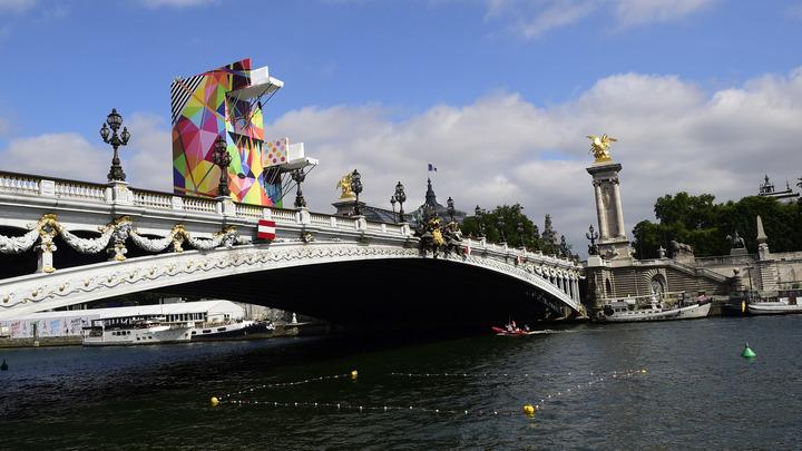 Мост Александра III в Париже могут пустить под республиканский нож