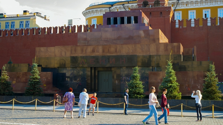 Фараонов много, а Ленин один: В Ульяновске предлагают продать мумию Ленина американцам