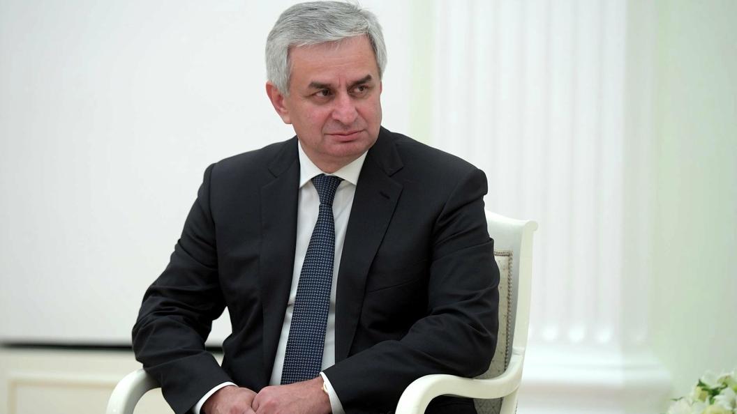 Хаджимба провел оперативное совещание по взрыву на военном складе в Абхазии