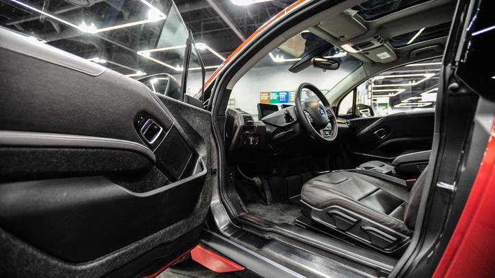 В Башкирии глава района заказал элитное авто за почти 2 млн бюджетных рублей