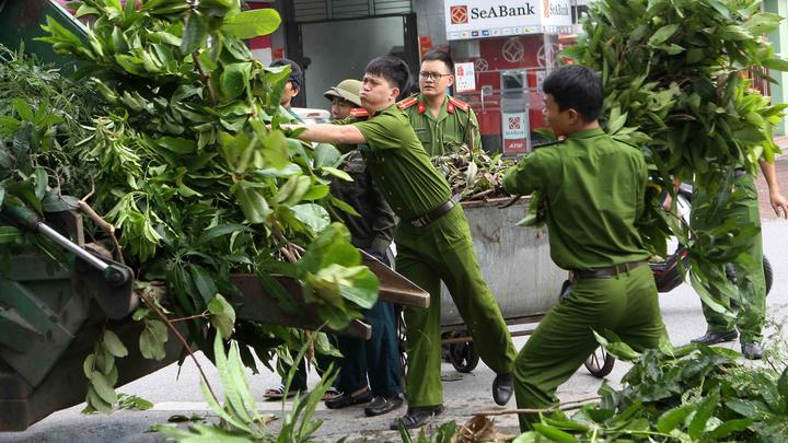 Синоптики рассказали об угрозе нового тайфуна во Вьтнаме, где проходит саммит АТЭС