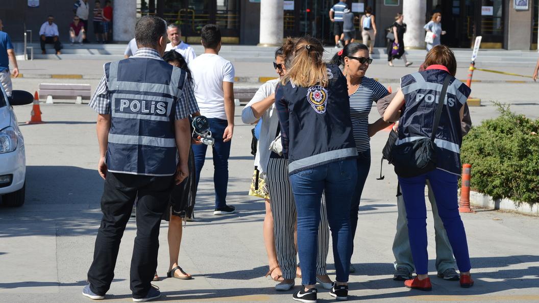ВСтамбуле задержаны неменее 80 подозреваемых всвязях сИГ