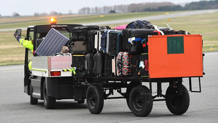 После ЧП с двигателем часть пассажиров Ту-204 в Уфе отказалась от полета