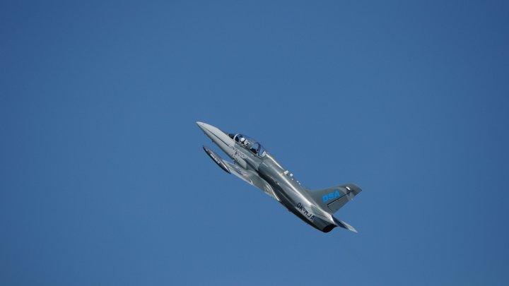 Военный самолет рухнул, не долетев до базы в Словакии