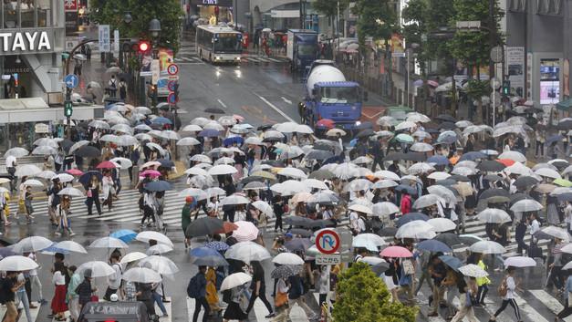 Обрушившийся на Японию тайфун за два дня унес жизни более 80 человек