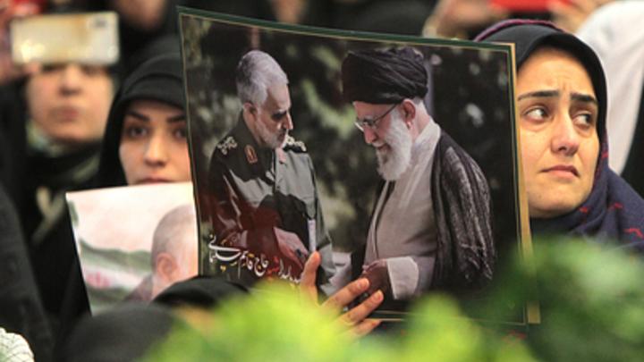 Генерала Сулеймани сдал ЦРУ тройной агент: Tasnim сообщило о казни предателя