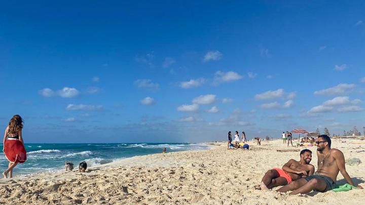 Десять человек погибли, пытаясь спасти ребёнка на пляже смерти