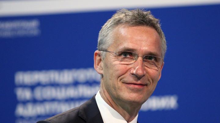 Столтенберг признал нервозность НАТО при диалоге с Россией