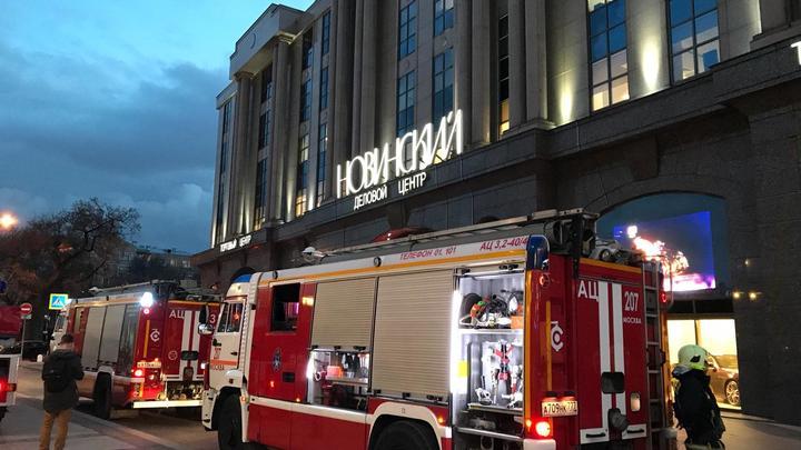 Появилось видео пожара в деловом-центре Новинский