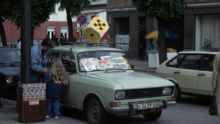 Литва побеждает Совок: Соцсети высмеяли мнимое благополучие Запада, мусор и разрушенные дома