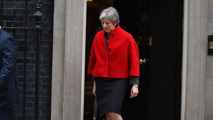 Уже точно: Мэй ударилась в бега из таможенного союза ЕС