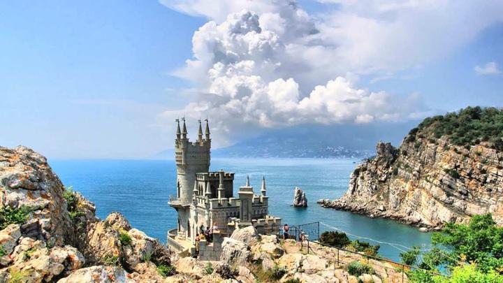 Крымский мост привел к переделу туристического рынка России