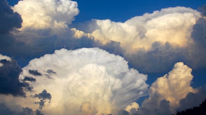 Инопланетное вторжение: Странное облако переполошило американцев