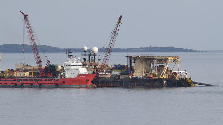 Газпром борется с монопольными ценами Литвы на газ при помощи терминала СПГ в Калининграде