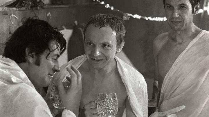 Предательство невесты или новогодняя сказка: Фильм Ирония судьбы вызвал религиозные споры