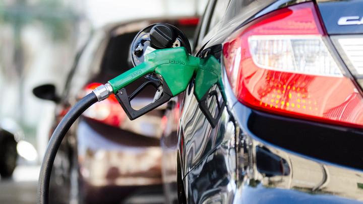 Десять процентов паленки: Роскачество узнало, какие АЗС разливают некачественный бензин