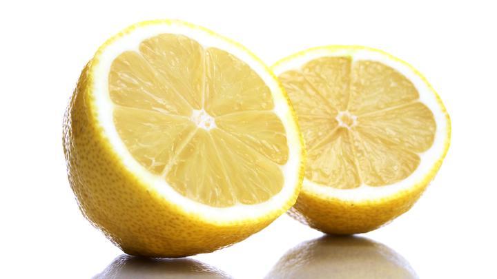 Американский Forbes назвал лимоны предметом роскоши в России