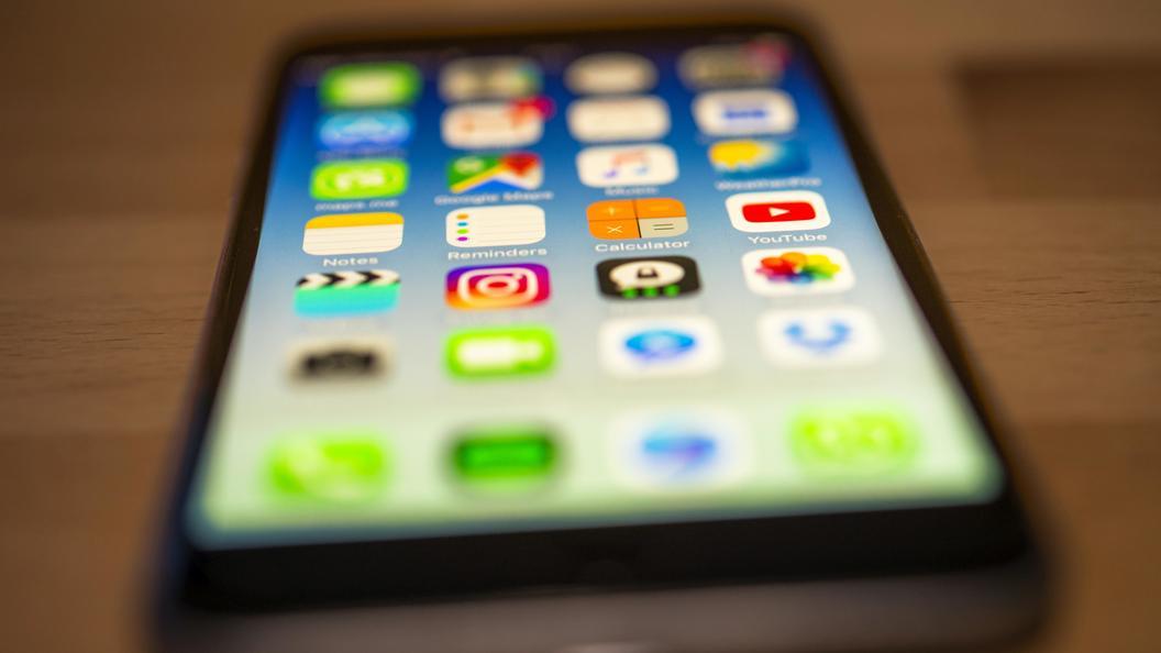 Barclays: Покупатели не готовы платить за iPhone 8 более тысячи долларов