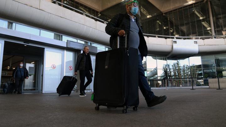 В аэропорту Перми у 304 туристов из Турции обнаружили коронавирус