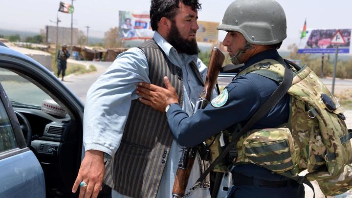 Джабаров: Обвинения России в поставках оружия Талибану нужны США для самооправдания