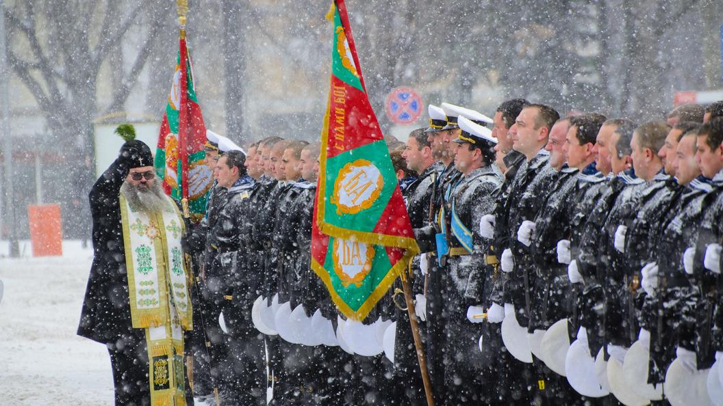 Братушки помнят: Болгарские солдаты отказались стрелять по русским на учениях НАТО