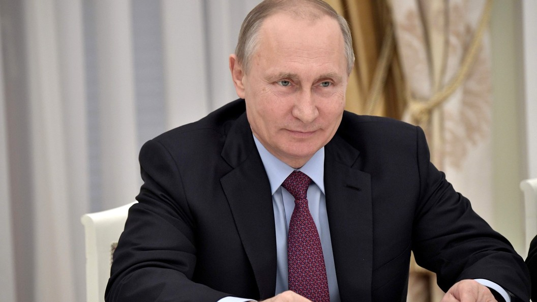 Опрос: Владимиру Путину доверяет 58% жителей РФ