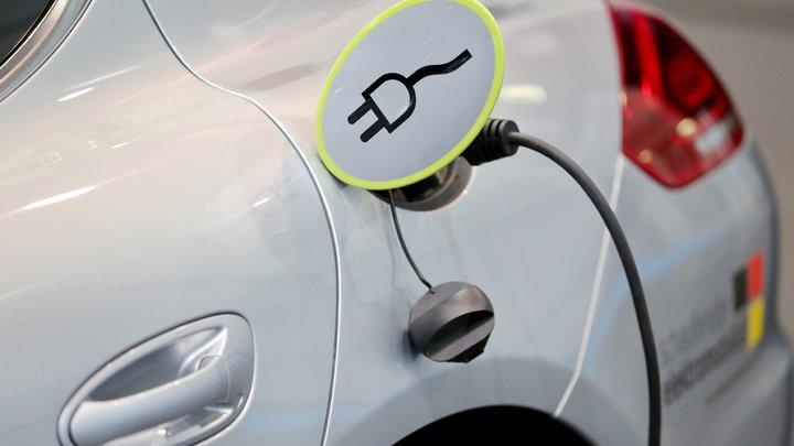 В России определят места для зарядных станций электромобилей