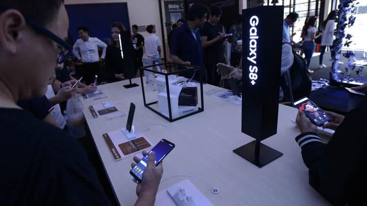 Стала известна обрушенная цена на Samsung Galaxy S8