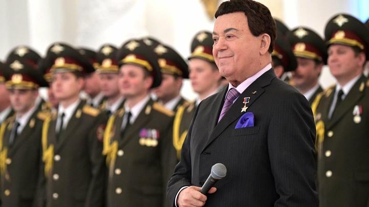 Петь надо по-русски: Кобзон запретил внукам выступать на шоу Голос