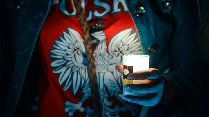 В Польше обеспокоились судьбой памятника Качиньскому в Смоленске