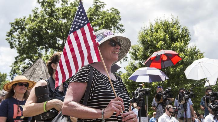 От закрытия консульства в Сан-Франциско пострадают многие американцы - генконсул