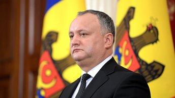 Не союзники: Додон не пустил молдавских военных на учения в Украину