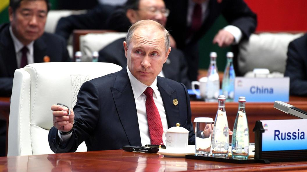 Путин на ВЭФ обсудит ядерную программу КНДР с главой Южной Кореи