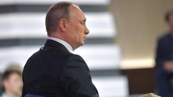 Путин изменил свой маршрут по Ижевску и заехал в старый барак