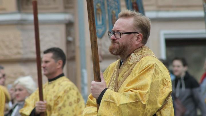 Милонов предложил расширить выходные праздниками церковного календаря