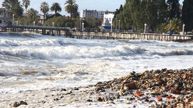 В Абхазии 80-летняя туристка из России разбилась при падении с балкона
