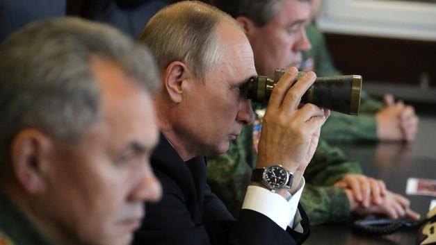 Путин потребовал сравнять точность ГЛОНАСС и GPS к 2020 году