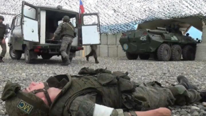 Миротворцы России отразили учебные атаки на свои посты