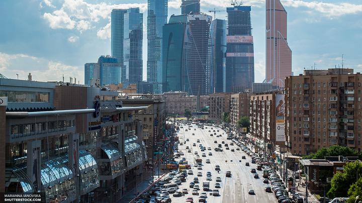 Москвичей на время Кубка конфедераций попросили пересесть на метро