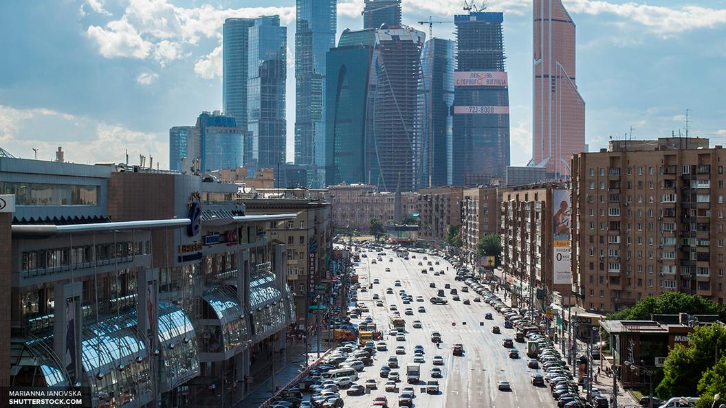 Жители России потратили на запчасти для иномарок в три раза больше, чем Москва – на реновацию
