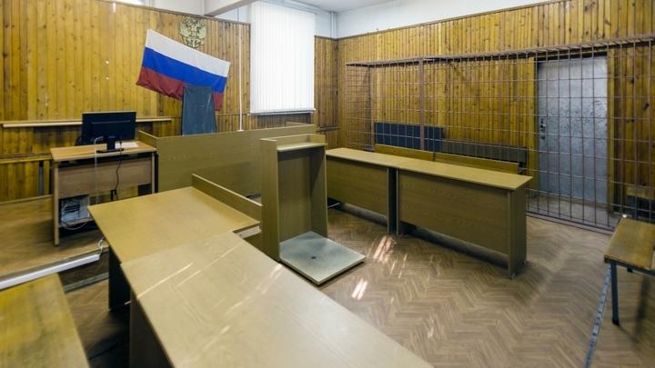 В Новосибирске эвакуировали два суда из-за сообщений о бомбах