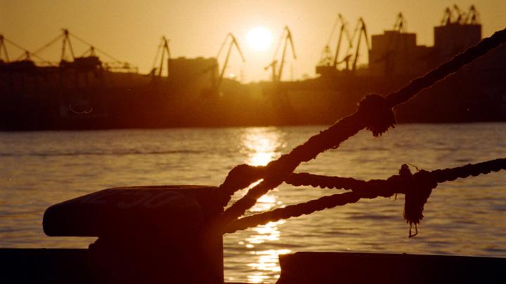 Сигнал SOS из Японии: Обманутые российские моряки просят вернуть их на Родину