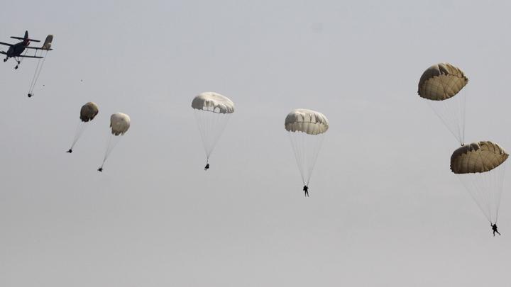 Проверка десантом прошла успешно: Минобороны сообщило об испытаниях парашютной системы