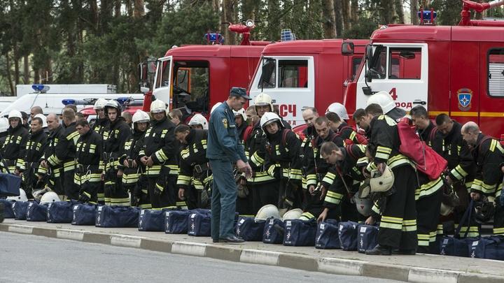 В аэропорту Платов спасатели потушили пламя в самолёте