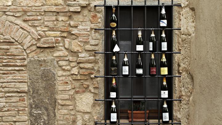 Коронавирус заставил: В Италии вспомнили о странных окнах XVII века