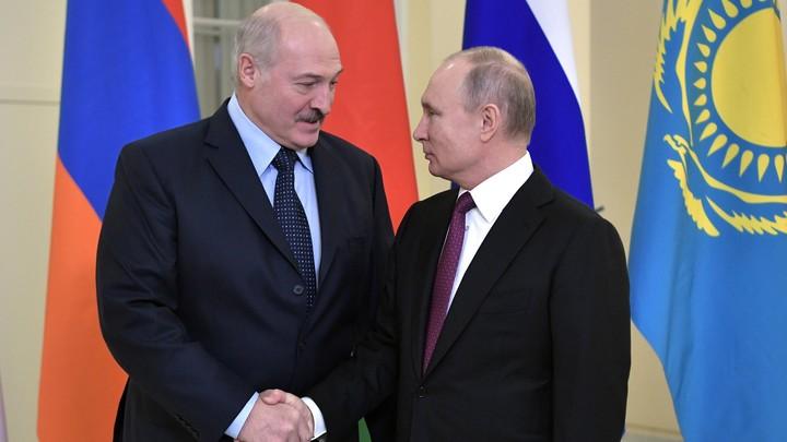«Вам лучше не слышать этого»: Лукашенко извинился за спор с Путиным на ЕАЭС - видео