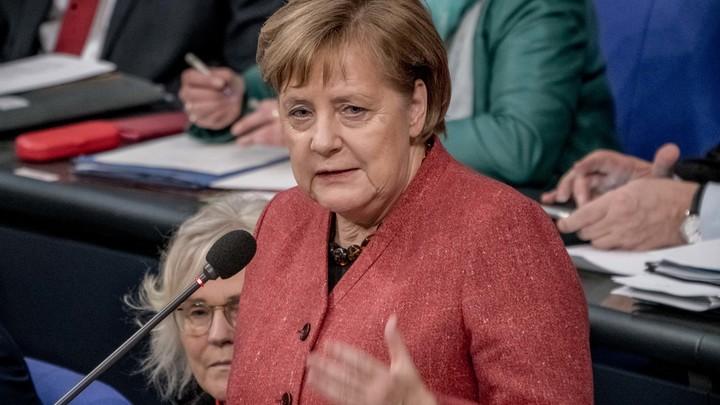 Меркель под предлогом защиты Азовского моря выступила за санкции против России