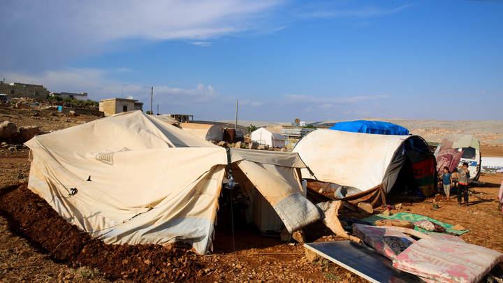 Упавший от усталости сирийский мальчишка вызвал негодование: О чём там Грета кричала?