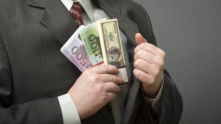 В Челябинске за взятку ректору бизнесмена оштрафовали на 3,5 млн рублей