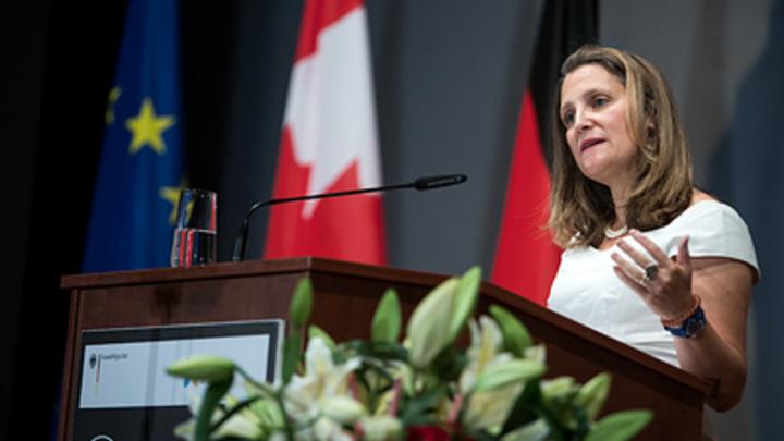 «Освободите украинские суда»: МИД Канады поддержал провокацию Киева в Керченском проливе